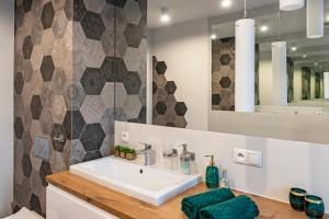 Koupelna v ubytování 3D KOSCIUSZKI 19 Apartament