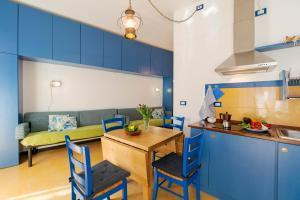 A cozinha ou cozinha compacta de Ca de Gianchi - Verdeblù
