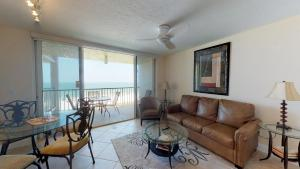 A seating area at Incredible Views from this Renovated Beachfront Getaway @ the Apollo!!!