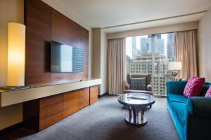 A seating area at theWit Chicago, A DoubleTree by Hilton Hotel