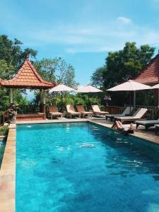 The swimming pool at or near Darsan Lembongan Boutique Cottage