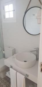 A bathroom at Bungalows Castillo Beach