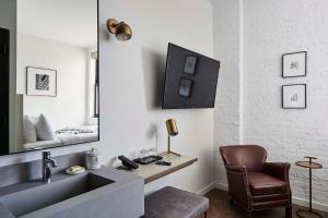 Coin salon dans l'établissement Walker Hotel Tribeca