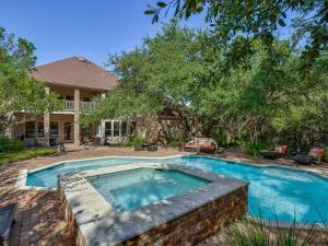 The swimming pool at or near The Austin Country Club Estate