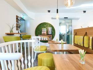 Lounge oder Bar in der Unterkunft Das Grüne Hotel zur Post - 100 % BIO