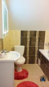 A bathroom at Villa Cheval
