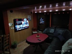 Lounge oder Bar in der Unterkunft WaldLuftIn