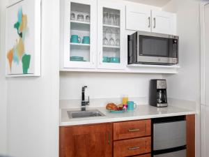 A kitchen or kitchenette at Marriott's Harbour Lake