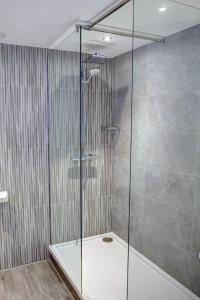 A bathroom at Best Western Nottingham Derby