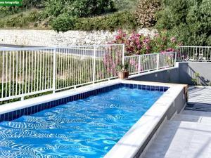 The swimming pool at or close to Villa Nika