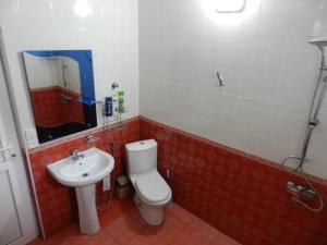 Um banheiro em Ramin Villa