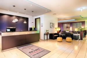 The lobby or reception area at ACHAT Hotel Wiesbaden City