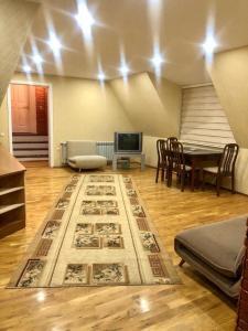 Uma área de estar em Nizami Street 41D