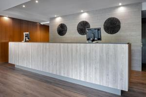 The lobby or reception area at AC Hotel by Marriott Gava Mar Airport