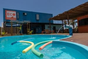 The swimming pool at or close to Eco Hostel Gostoso