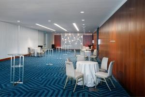 A restaurant or other place to eat at InterContinental San Francisco, an IHG Hotel