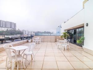 A balcony or terrace at Hotel Bahia Park - Salvador