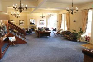 A seating area at Craiglynne Hotel