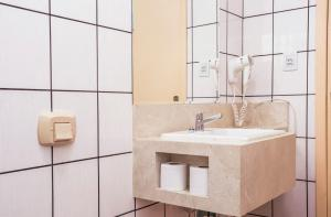 A bathroom at Hotel Itapema Meia Praia