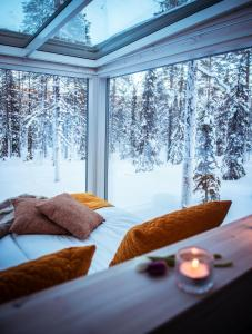 Arctic Skylight Lodge during the winter