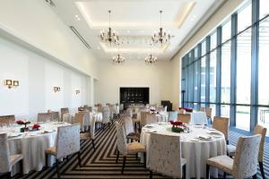 A restaurant or other place to eat at The Westin Sendai