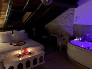 Cama o camas de una habitación en Palacio Torre de Ruesga