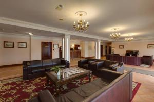 A seating area at Grand Peterhof Spa Hotel