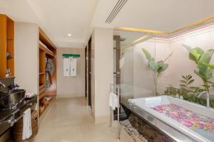 Ванная комната в Banyan Tree Phuket - SHA Plus