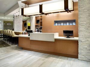 The lobby or reception area at Hyatt Place Miami Airport East