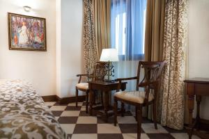 Гостиная зона в Отель Богатырь