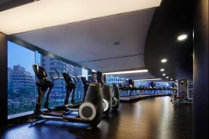 The fitness center and/or fitness facilities at The Westin Josun Seoul