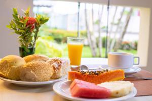 Opções de café da manhã disponíveis para hóspedes em Portobello Park Hotel