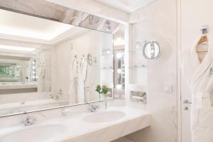 A bathroom at Le Bristol Paris - an Oetker Collection Hotel