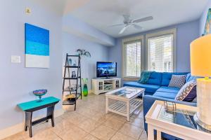 Top-Floor Sandestin Baytowne Village Condo!