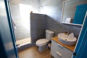 A bathroom at Paradise Bay Bahamas