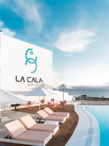 Piscine de l'établissement La Cala Suites Hotel - Adults Only ou située à proximité