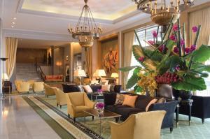 The lobby or reception area at Four Seasons Hotel Ritz Lisbon