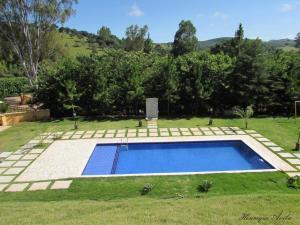 Uma vista da piscina em Hotel Fazenda Topada ou nos arredores