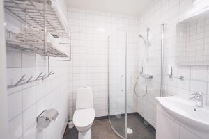 Ett badrum på Granö Beckasin