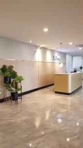 The lobby or reception area at The Phoenix Hotel Bangkok - Suvarnabhumi Airport