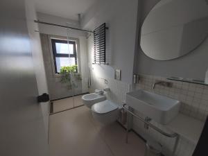 A bathroom at Hotel Lachea