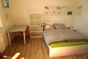 Ein Bett oder Betten in einem Zimmer der Unterkunft Stille und Aussicht am Archäologischen Park