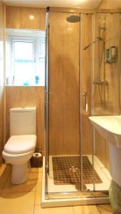 A bathroom at Cori Guesthouse