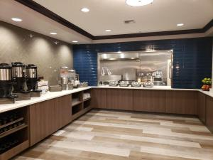 A restaurant or other place to eat at Oxford Suites Spokane Downtown
