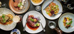 Mittag- und/oder Abendessen für Gäste der Unterkunft WestCord Strandhotel Seeduyn