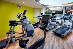 The fitness center and/or fitness facilities at Holiday Inn Singapore Orchard City Centre, an IHG Hotel