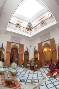 A restaurant or other place to eat at Dar El Kébira