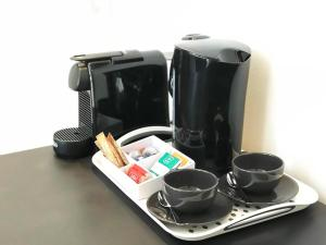 Coffee and tea-making facilities at BLK Hostel