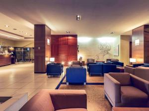 The lobby or reception area at Hotel Mercure Toruń Centrum