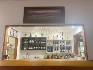 The lounge or bar area at Country Plaza Halls Gap
